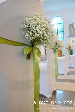limonkowy ślub gipsówka dekoracja kościoła2