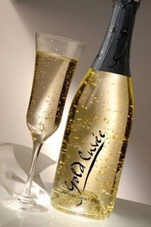 szampan z drobinkami złota ślub i wesele