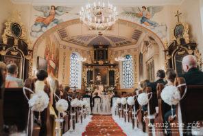 dekoracja kościoła ślub a nuż nie róż