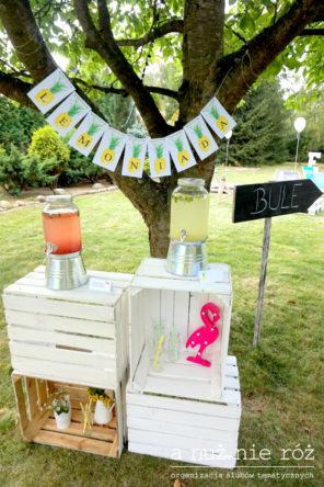 lemoniada-stanowisko-flamingi-i-ananasy-impreza-urodziny