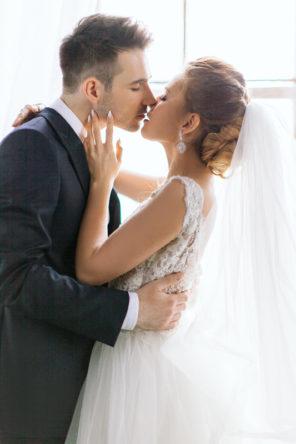 vintage-ślub-wesele-sesja-industrialny-złoto-granat-a-nuż-nie-róż-21