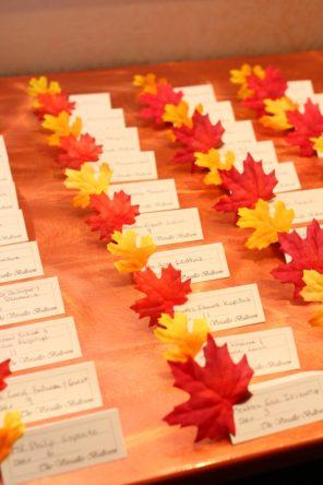 winietki-liscie-jesien-slub-wesele-motyw-przewodni