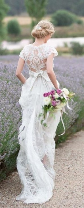 lawendowy-slub-wesele-motyw-pole-panna-mloda-2