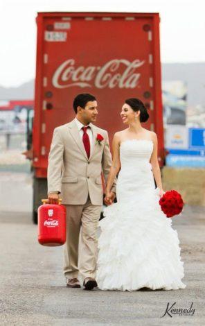 coca-cola-motyw-przewodni-slubu-i-wesela-para-mloda