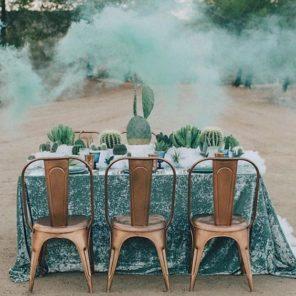 kaktusy-motyw-przewodni-slubu-dekoracja-stolu