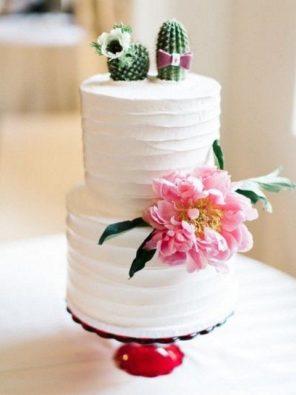 kaktusy-motyw-przewodni-slubu-tort