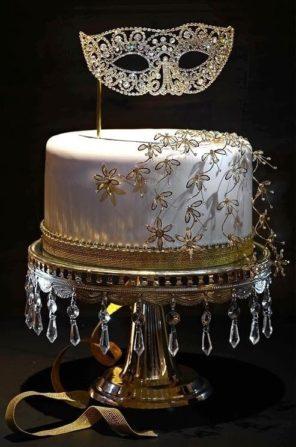 Wenecja motyw przewodni ślubu i wesela tort maska
