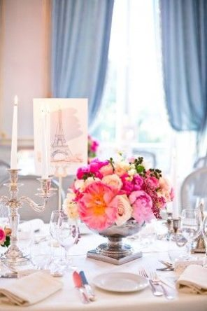 dekoracja stołu Paryż motyw przewodni ślubu motyw wesela 2