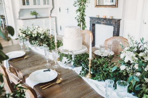 Złote sztućce sesja stylizowana Magazyn Wedding