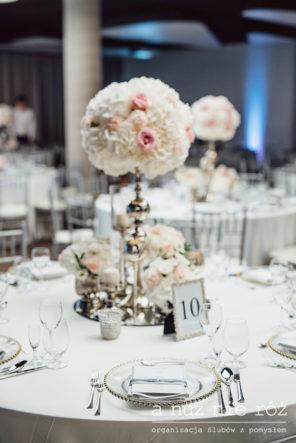 biala-dekoracja-stolu-slub-glamour